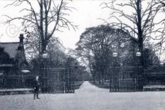 delapre_gates