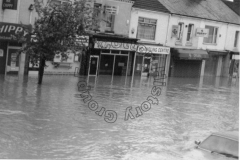 St Leonard's Road - Easter Flood 1998