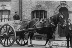 Wreford's cart in 1904
